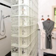 roll-in walk-in shower in Loon